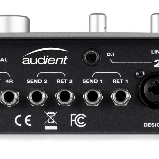 AUDIENT - iD22 - 10 in 14 out High Performance USB Interface with Advanced Monitoring Control